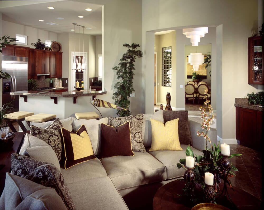 Popular Photo of Elegant Sectional Sofas