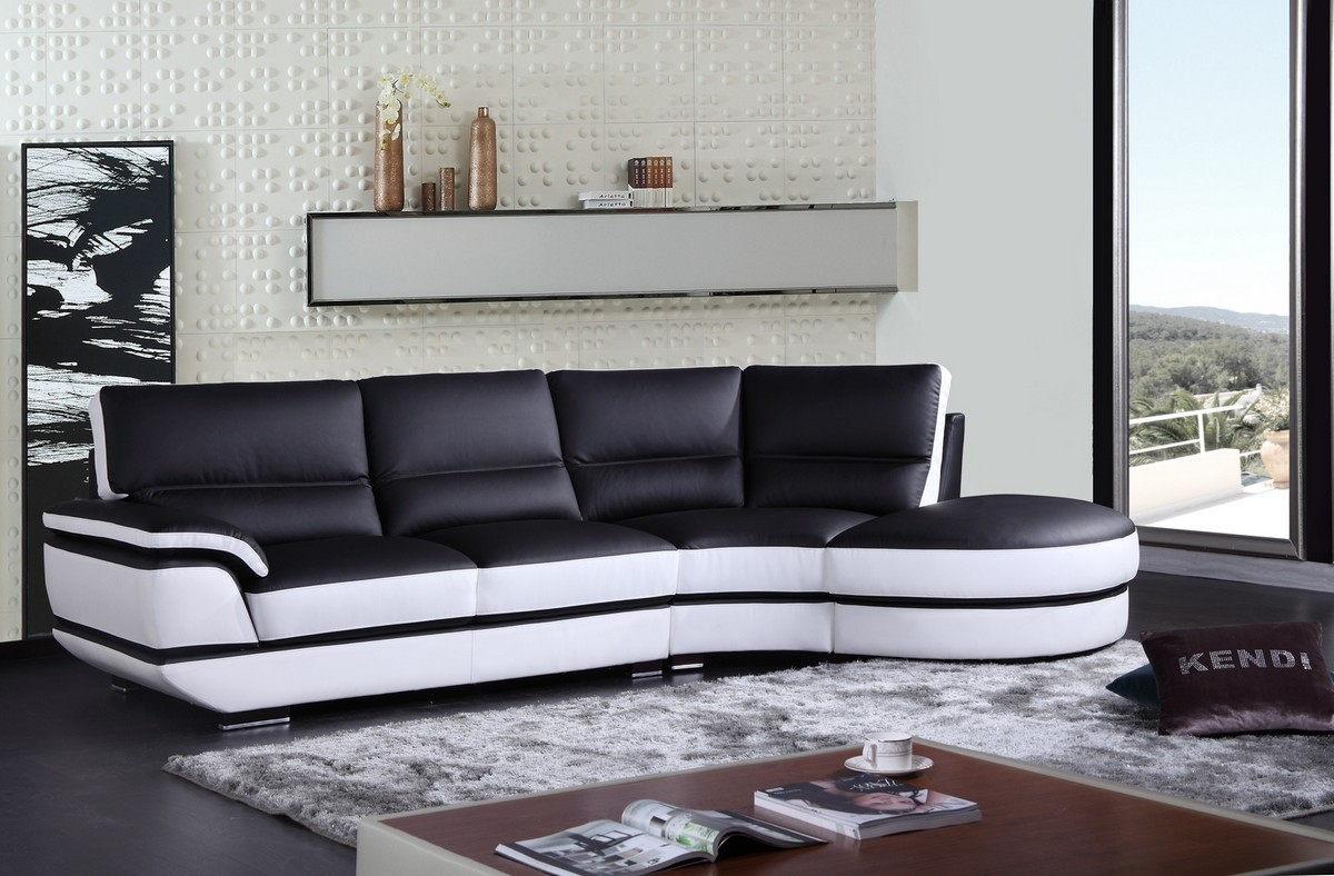 Black And White Sectional Sofas Hotelsbacau Intended For Black And White Sectional Sofa (#7 of 12)