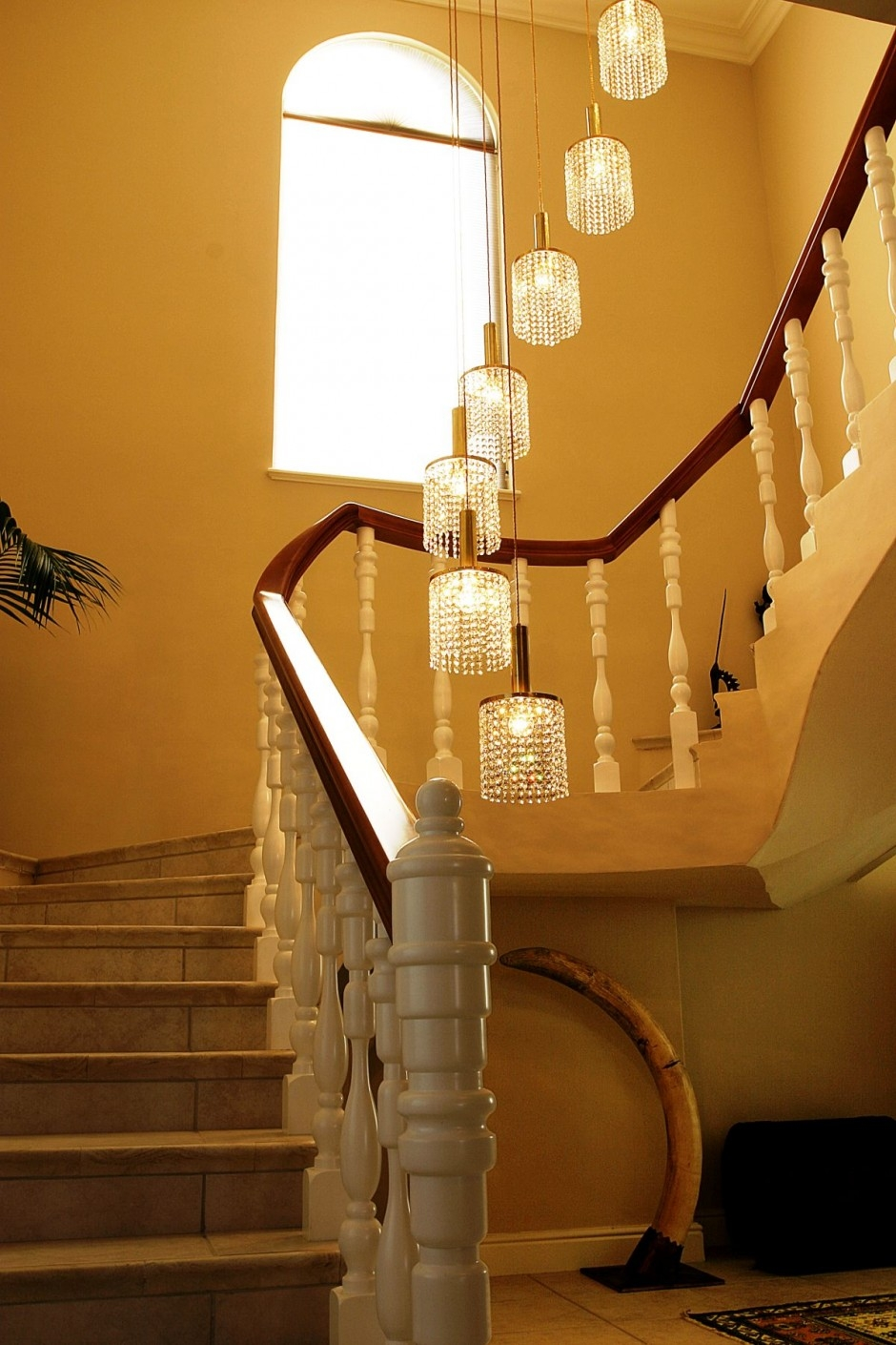 Chandelier Chandelier Staircase Lighting Large Diystaircase Throughout Staircase Chandeliers (#7 of 12)