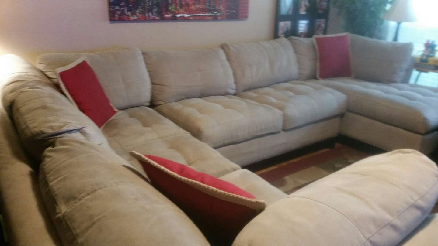 Cindy Crawford Sectional Sofa For Sale In Fort Worth Tx 5miles Inside Cindy Crawford Home Sectional Sofa (#7 of 12)