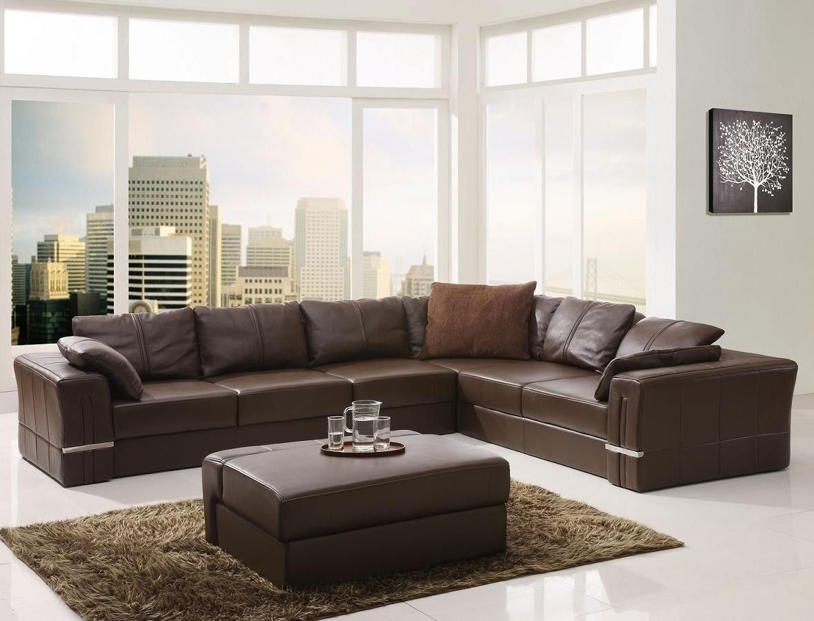 Popular Photo of Craftsman Sectional Sofa