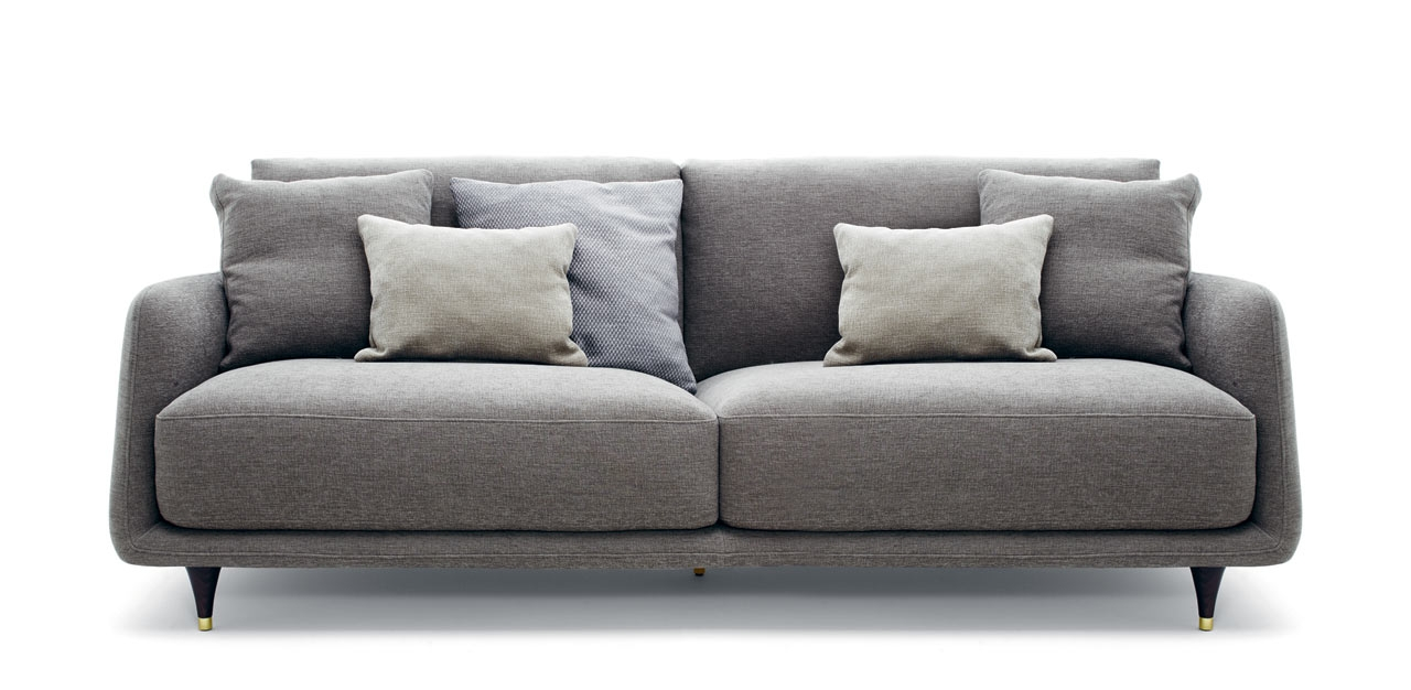 Elliot A Cozy Gentlemens Sofa With A Retro Detail Design Milk Regarding Elliott Sofa (#7 of 12)