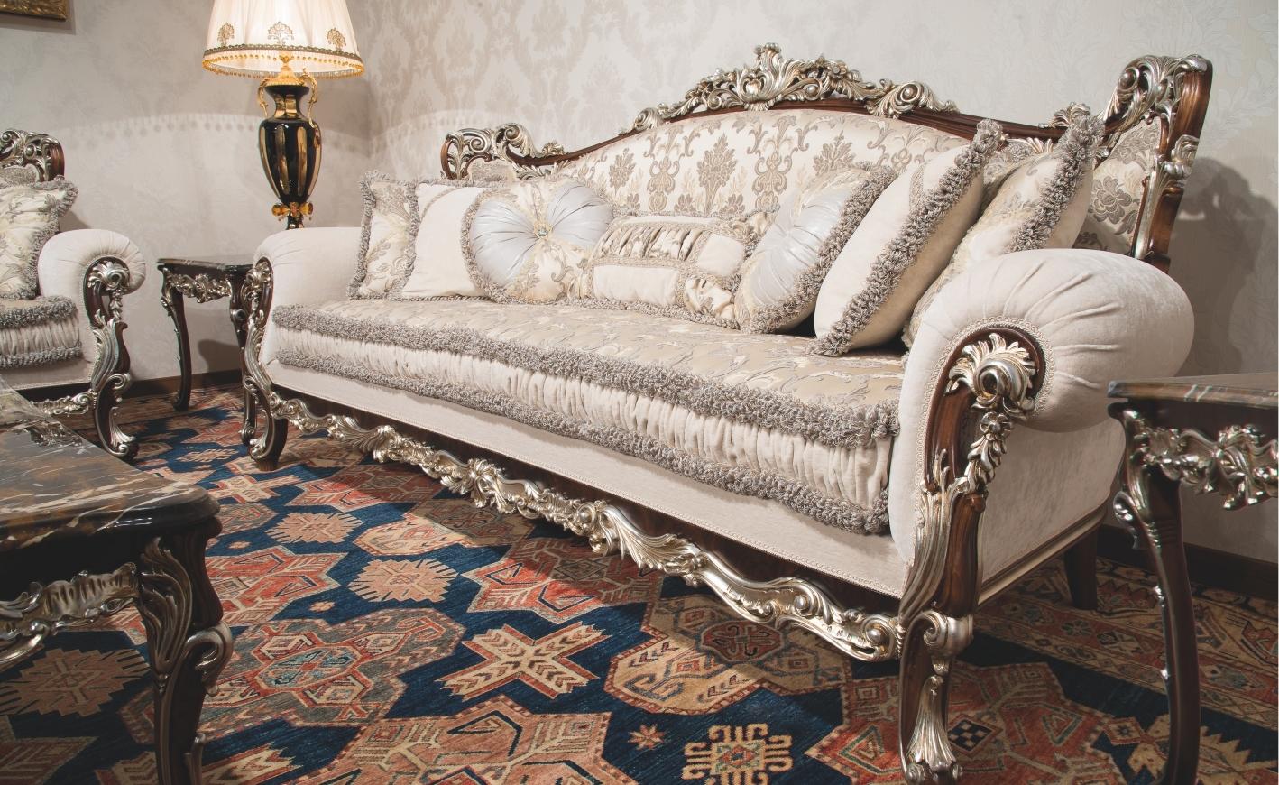 European Style Sofa With Regard To European Style Sofas (#9 of 12)