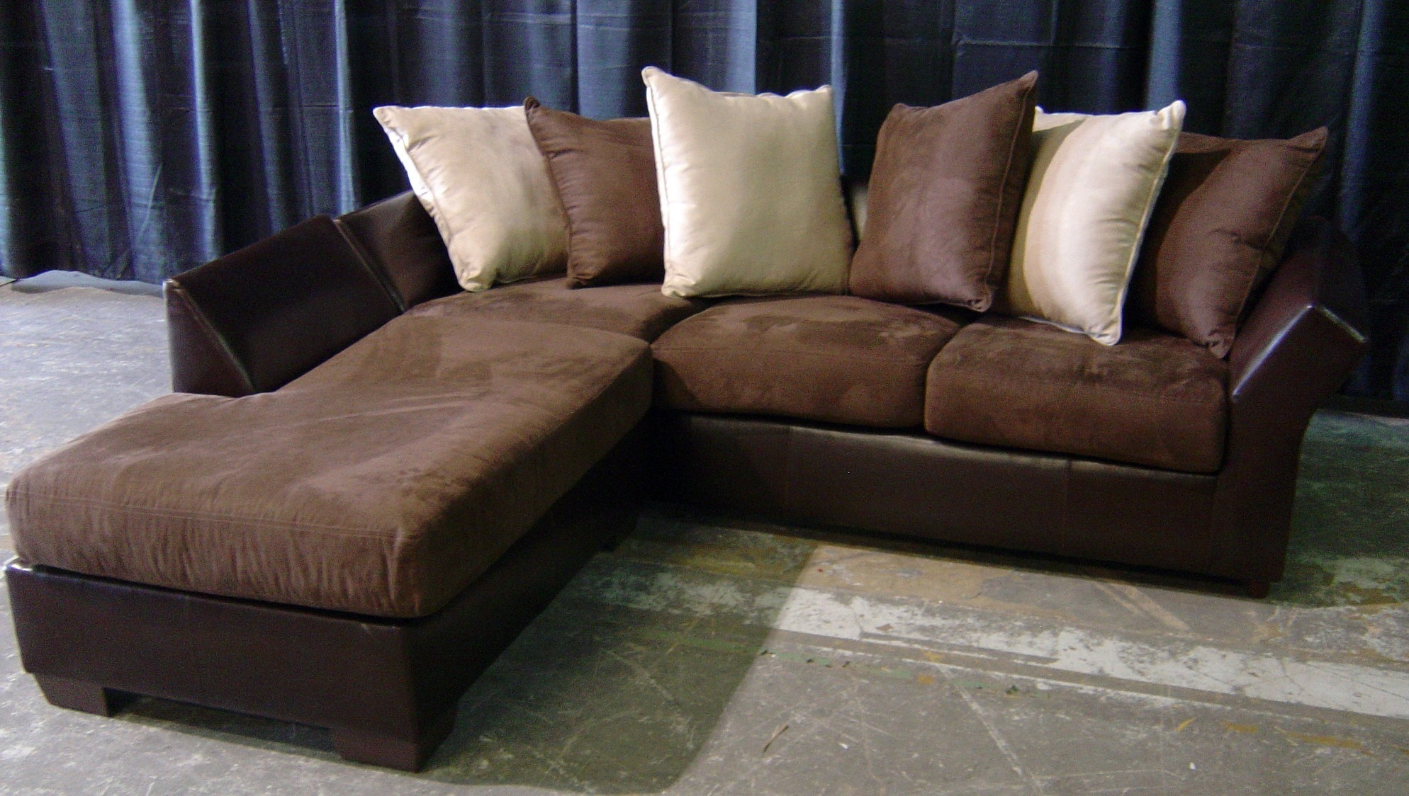 Furniture Brown Leather Sectional Couches Craigslist Missoula Inside Craigslist Leather Sofa (#8 of 12)