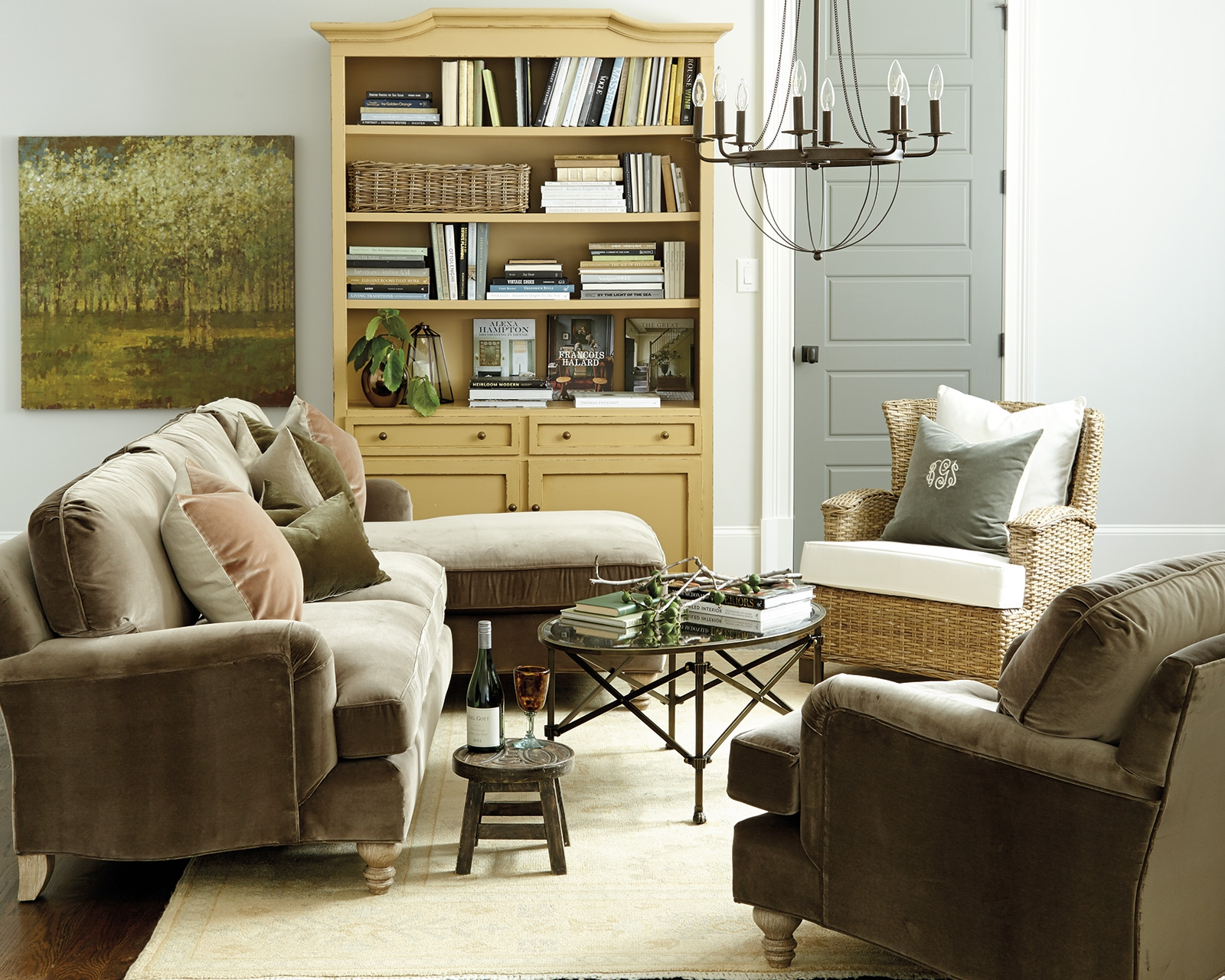 How To Match A Coffee Table To Your Sectional How To Decorate Throughout Coffee Table For Sectional Sofa (#9 of 12)