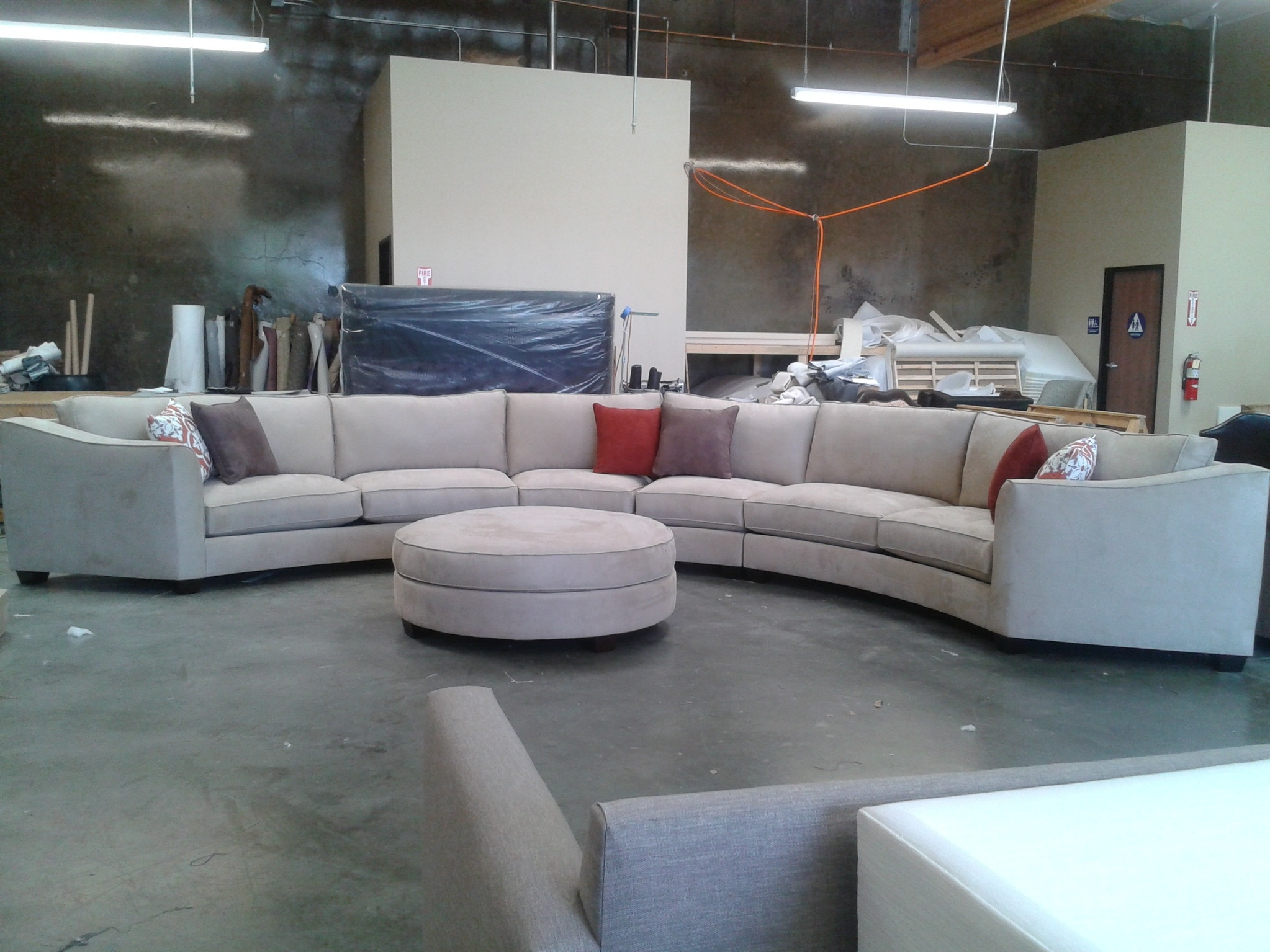 Interesting Circular Sectional Sofas 55 For Your Soft Leather Throughout Circular Sectional Sofa (#5 of 12)
