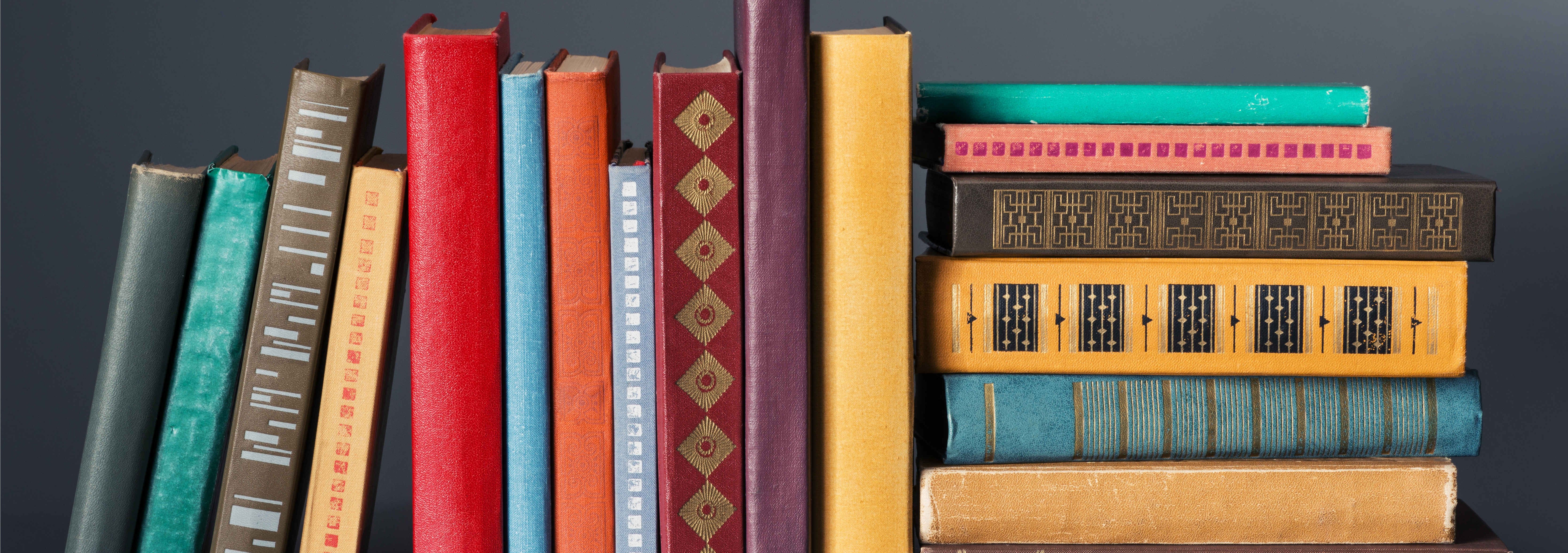 5 Eccentric And Brilliant Ways To Organize Your Bookshelf Read With Bookshelf (#1 of 15)