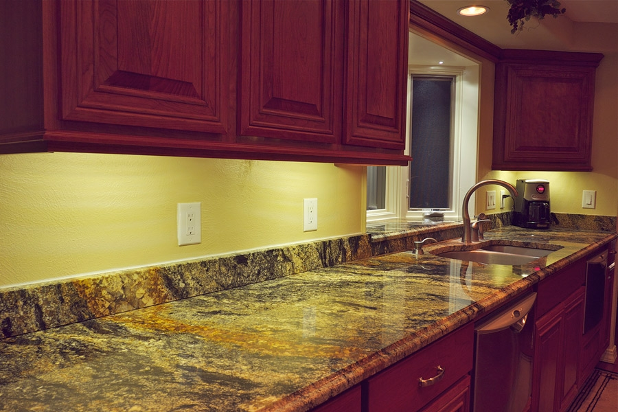 Amazing Kitchen Under Cabinet Lighting Led Led Cabinet Lights In Kitchen Under Cupboard Lights (#1 of 15)