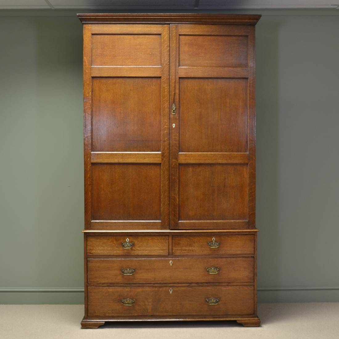 Antique Linen Cupboard Antique Furniture Intended For Oak Linen Cupboard (#4 of 15)