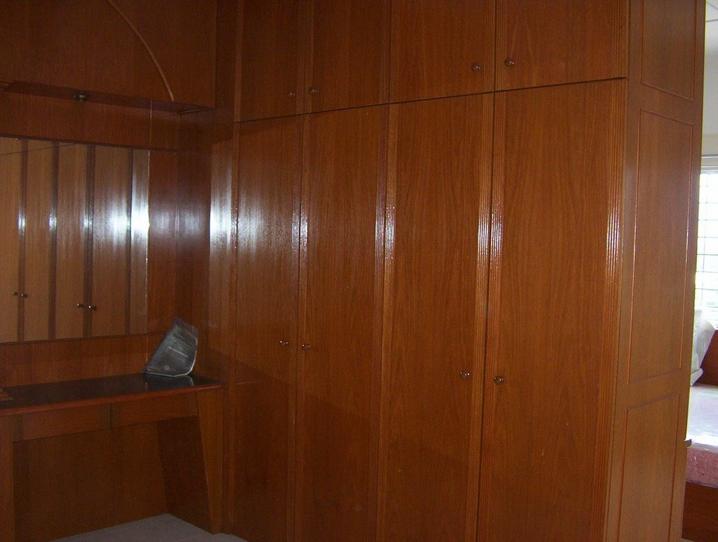 Ideas of solid wood built in wardrobes