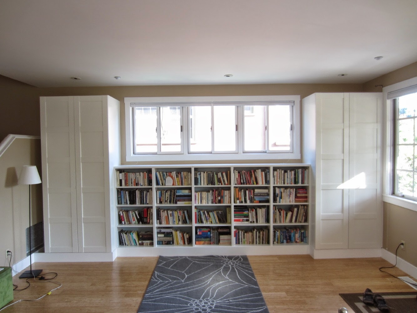 Besta Built In Family Room Bookshelf And Tv Unit Ikea Hackers Within Bookcase With Tv Space (View 6 of 15)