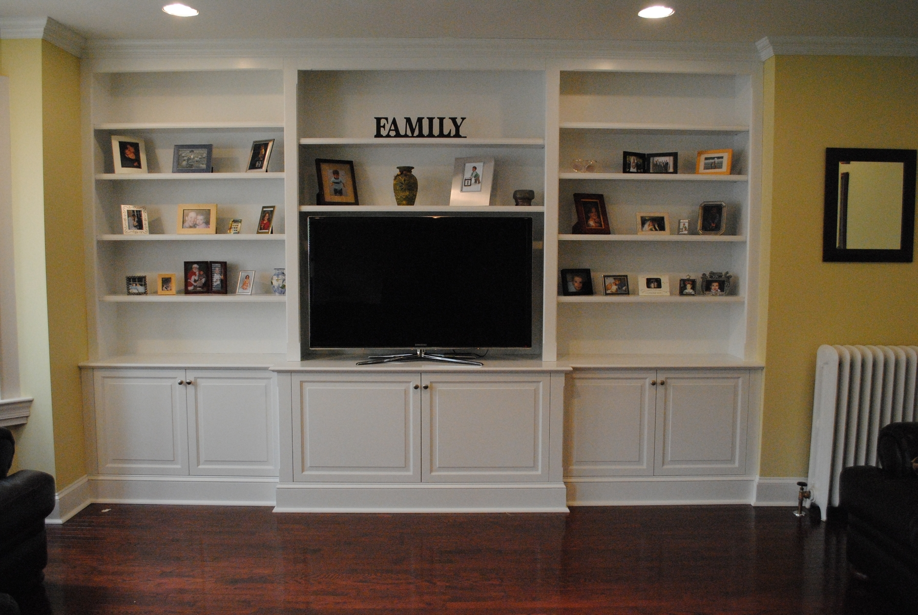 Besta Builtin Family Room Bookshelf And Tv Unit Ikea Hackers In Built In Bookshelves With Tv (#4 of 15)