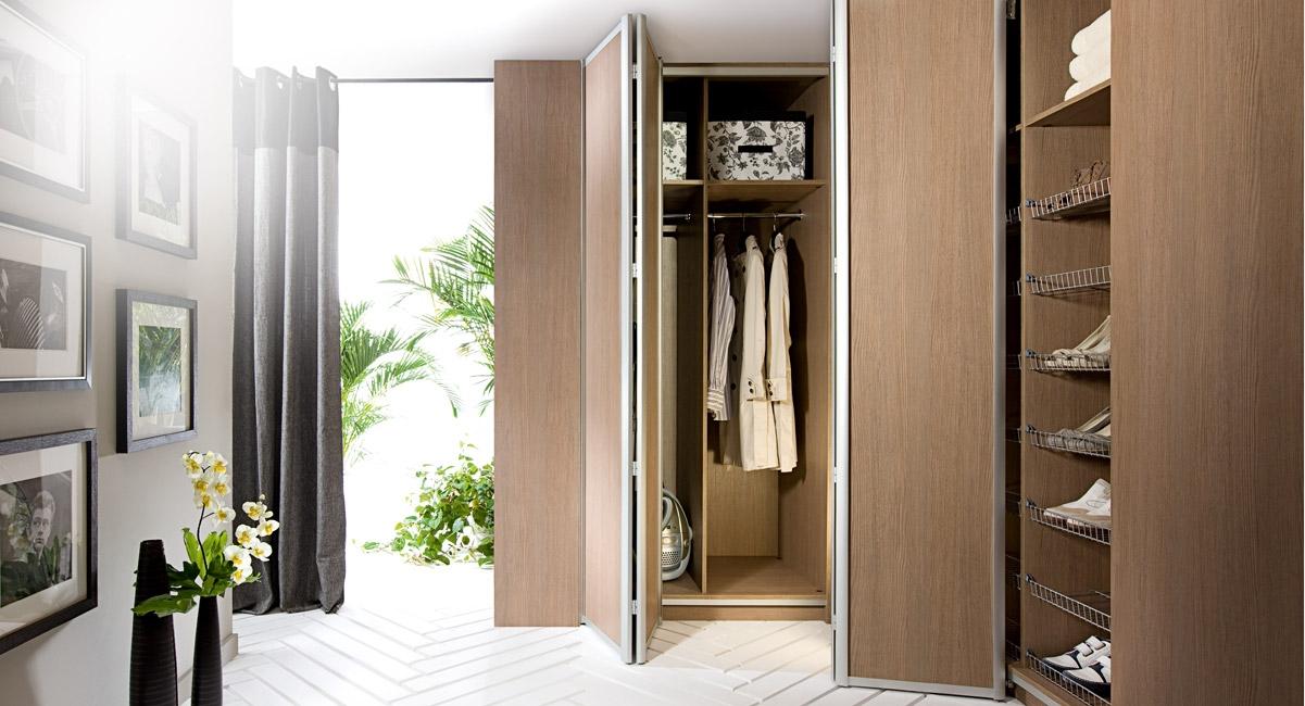 Bi Folding Wardrobe Doors Uk Offer With Regard To Folding Door Wardrobes (View 13 of 15)