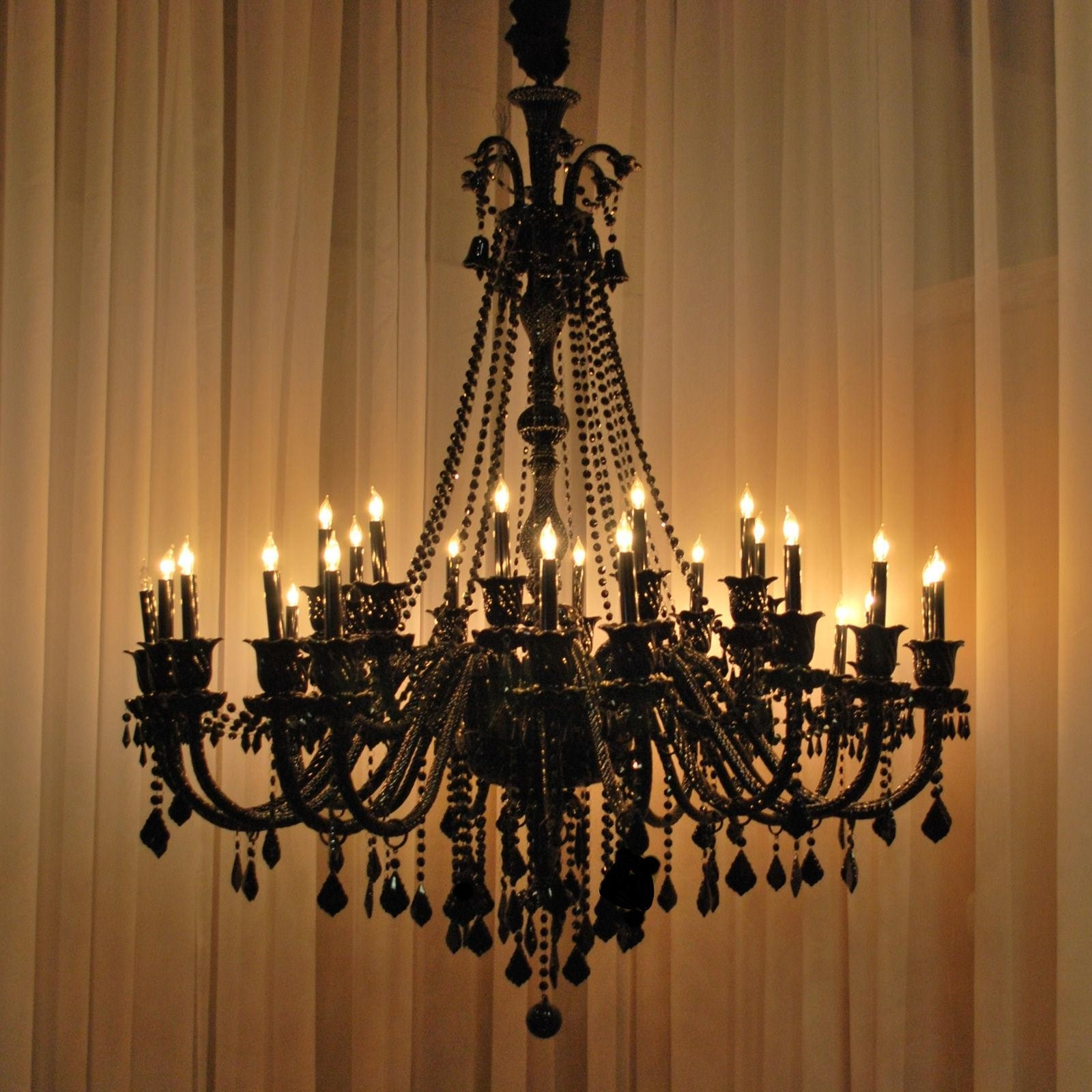Big Modern Chandeliers Types And Location Lamp World In Big Chandeliers (#6 of 12)