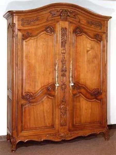 Popular Photo of Large Wooden Wardrobes