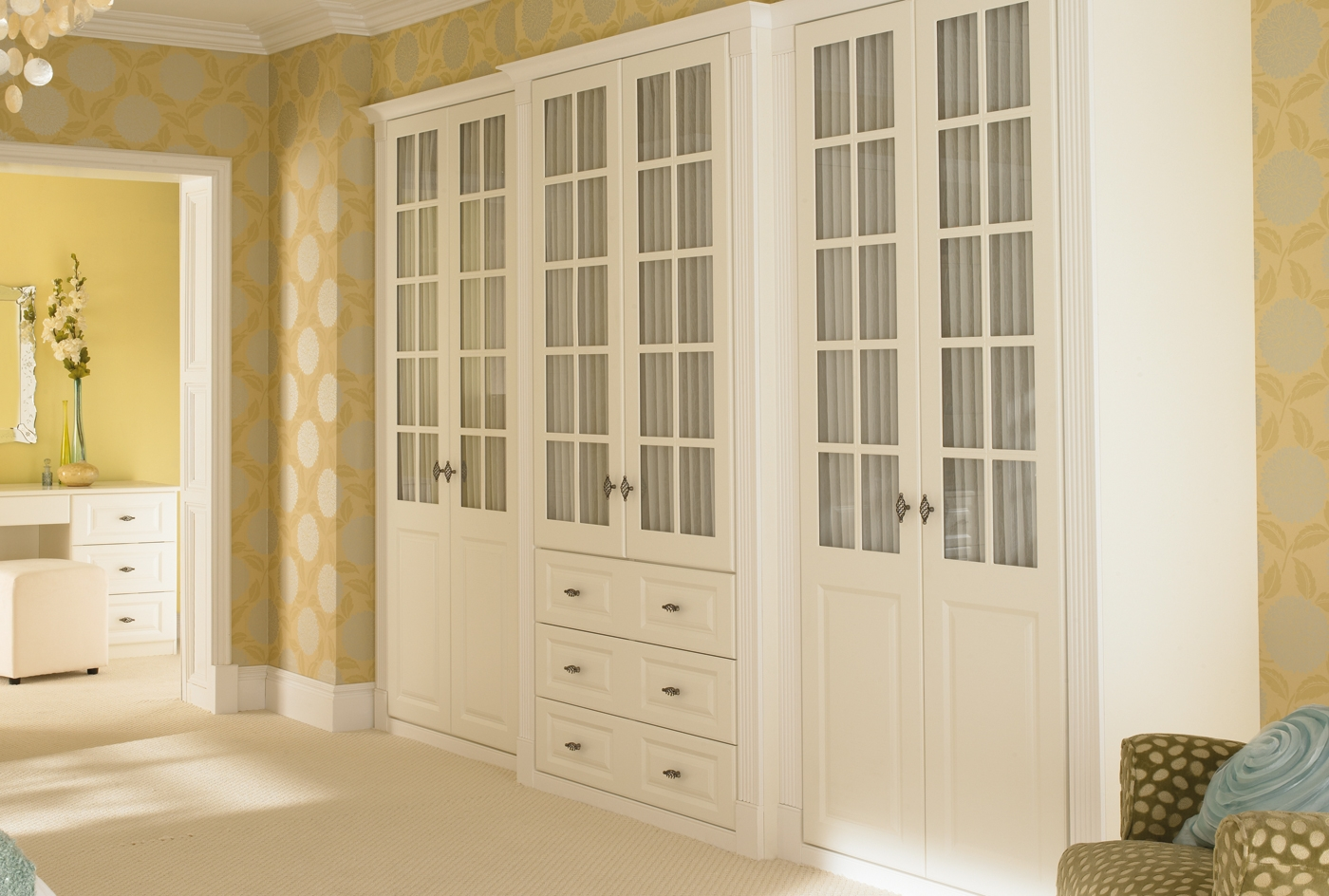 Breathtaking Furniture Bedroom Traditional Space Fitted Bedroom Inside Solid Wood Built In Wardrobes (View 4 of 15)