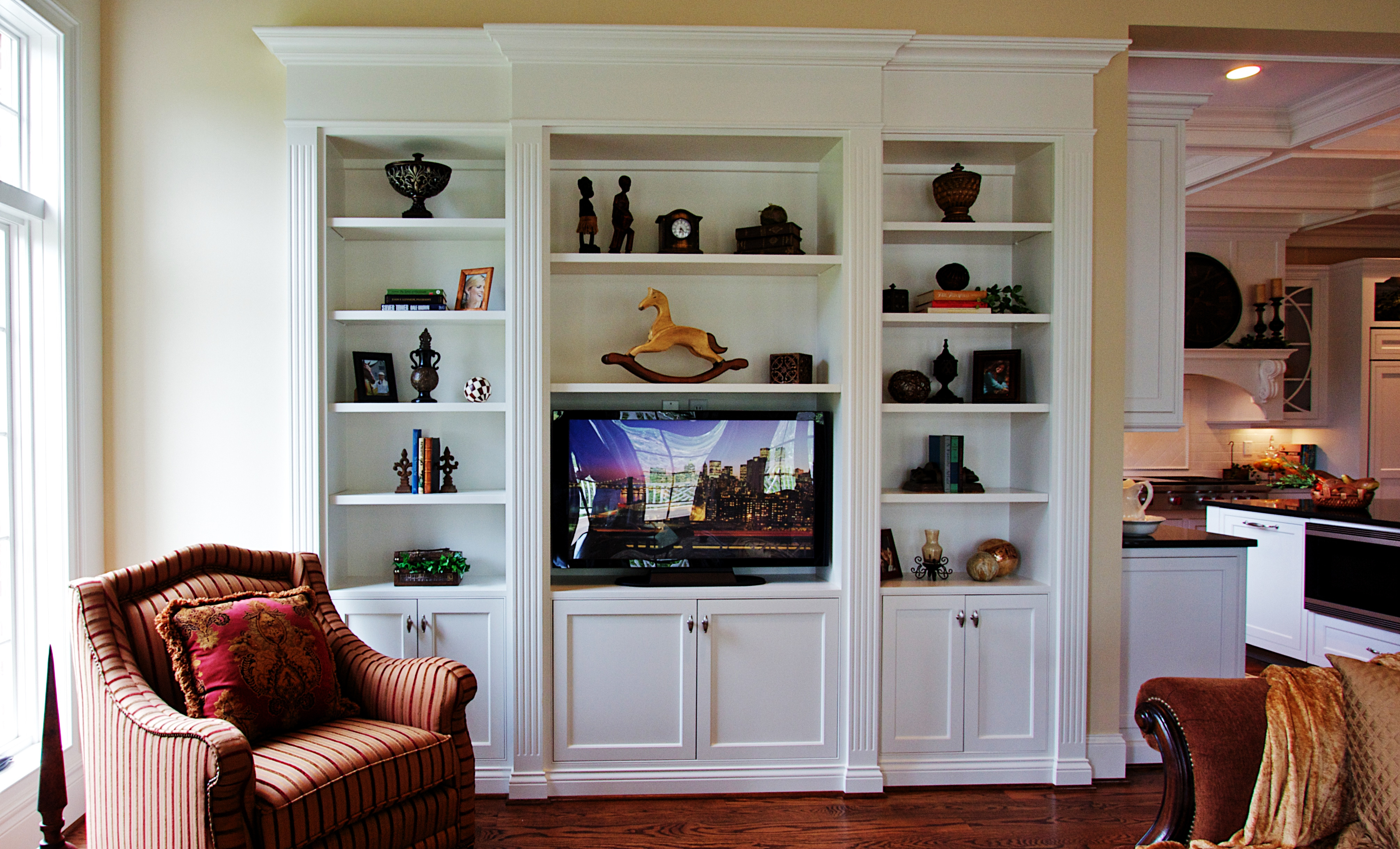 Built In Bookshelves Woodworking Traditional Built In Bookcase Regarding Tv In Bookcase (#5 of 14)