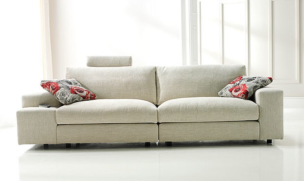 Carla 3 Seater Sofa Intended For Modern 3 Seater Sofas (#5 of 15)