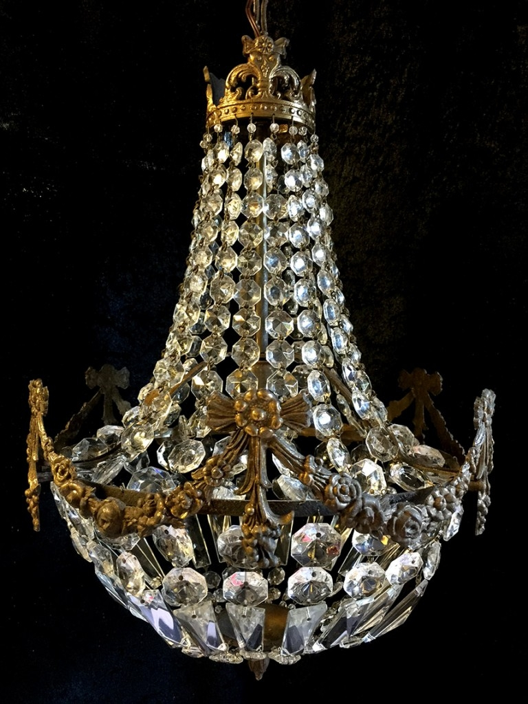 Crystal Corner Edwardian Sac A Perles Antique Chandelier Intended For Edwardian Chandeliers (#4 of 12)