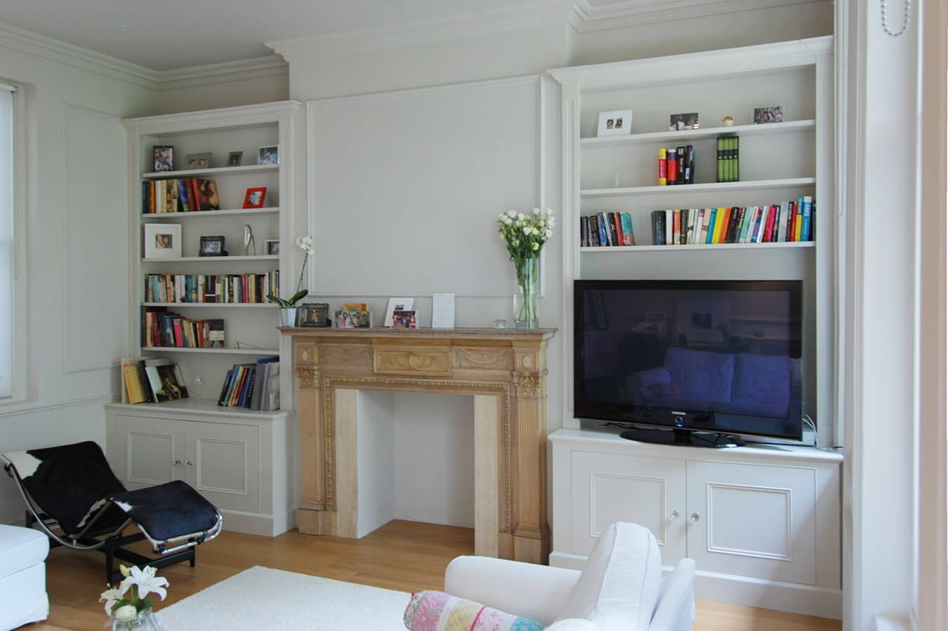 Custom Made Living Rooms Display Tv And Media Units In Fitted Shelves (View 8 of 15)