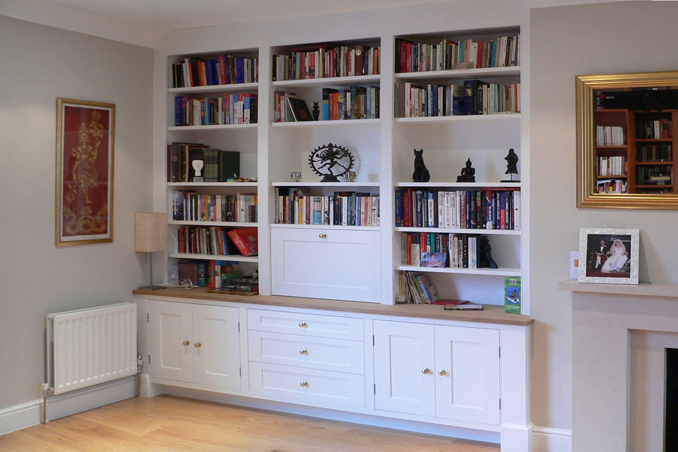 Custom Made Living Rooms Display Tv And Media Units In Fitted Shelving Units (View 8 of 15)