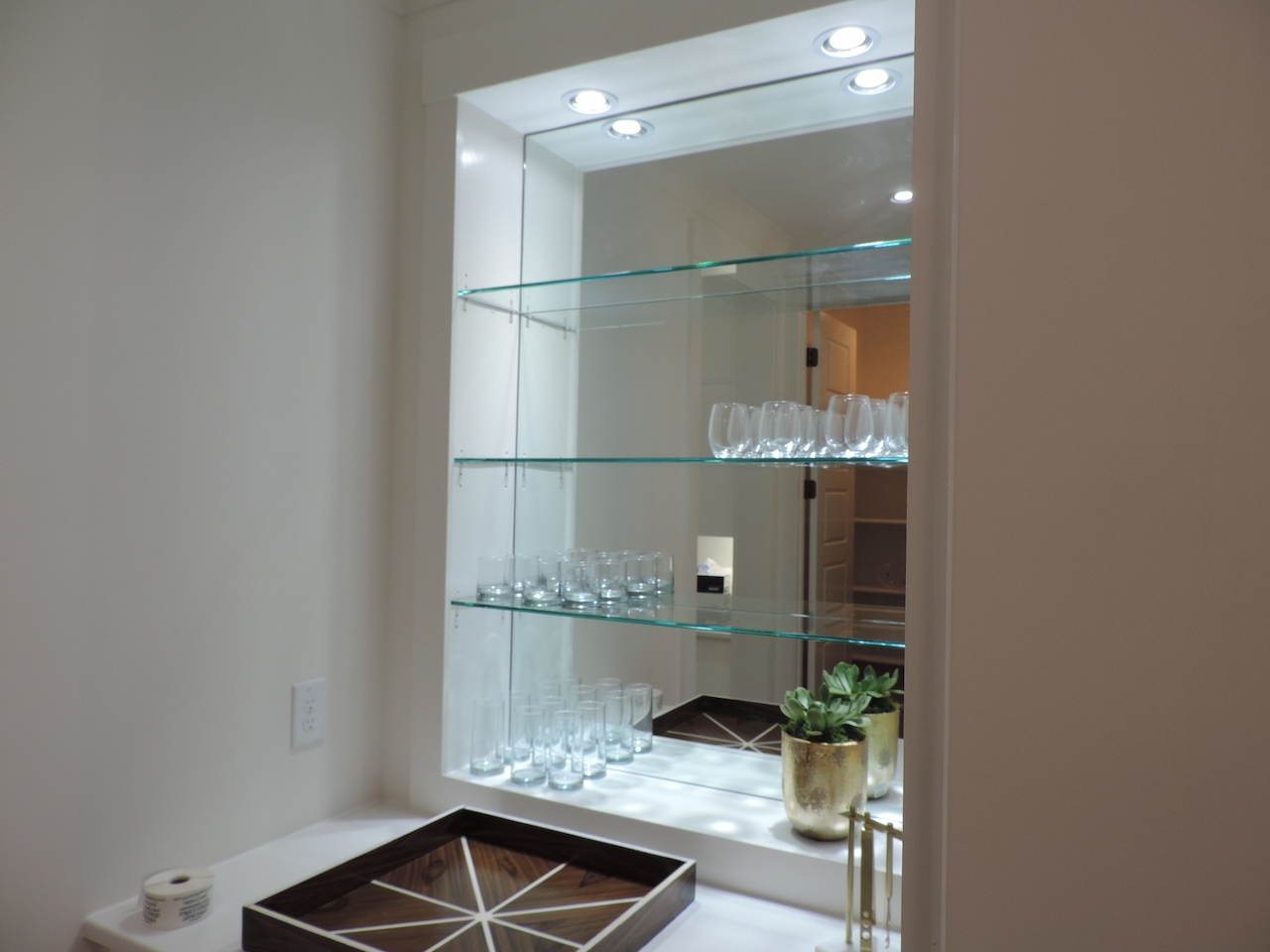 Decorative Custom Glass Shelves Home Decorations Pertaining To Glass Shelving (#5 of 12)