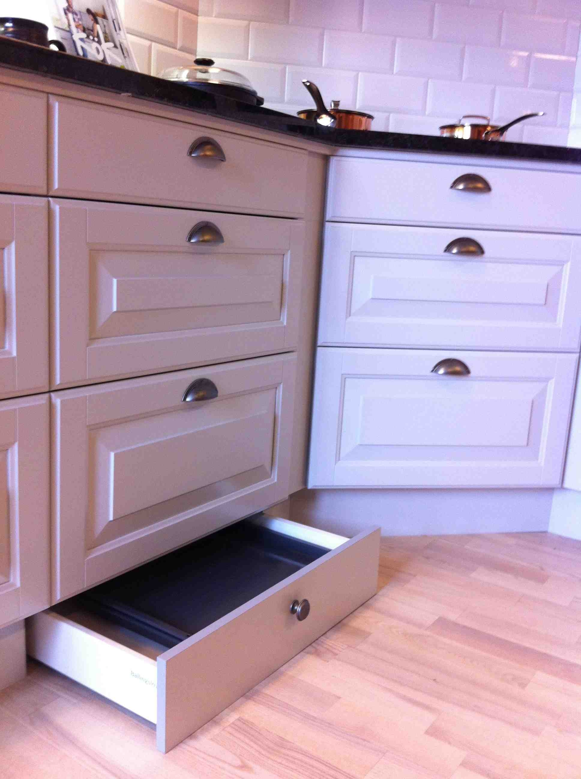 Drawers In Plinth Drawer (#3 of 15)
