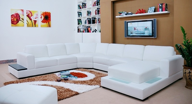 Everest Sectional Sofa From Opulent Items Ihso01306 Inside Sofas With Lights (#8 of 15)