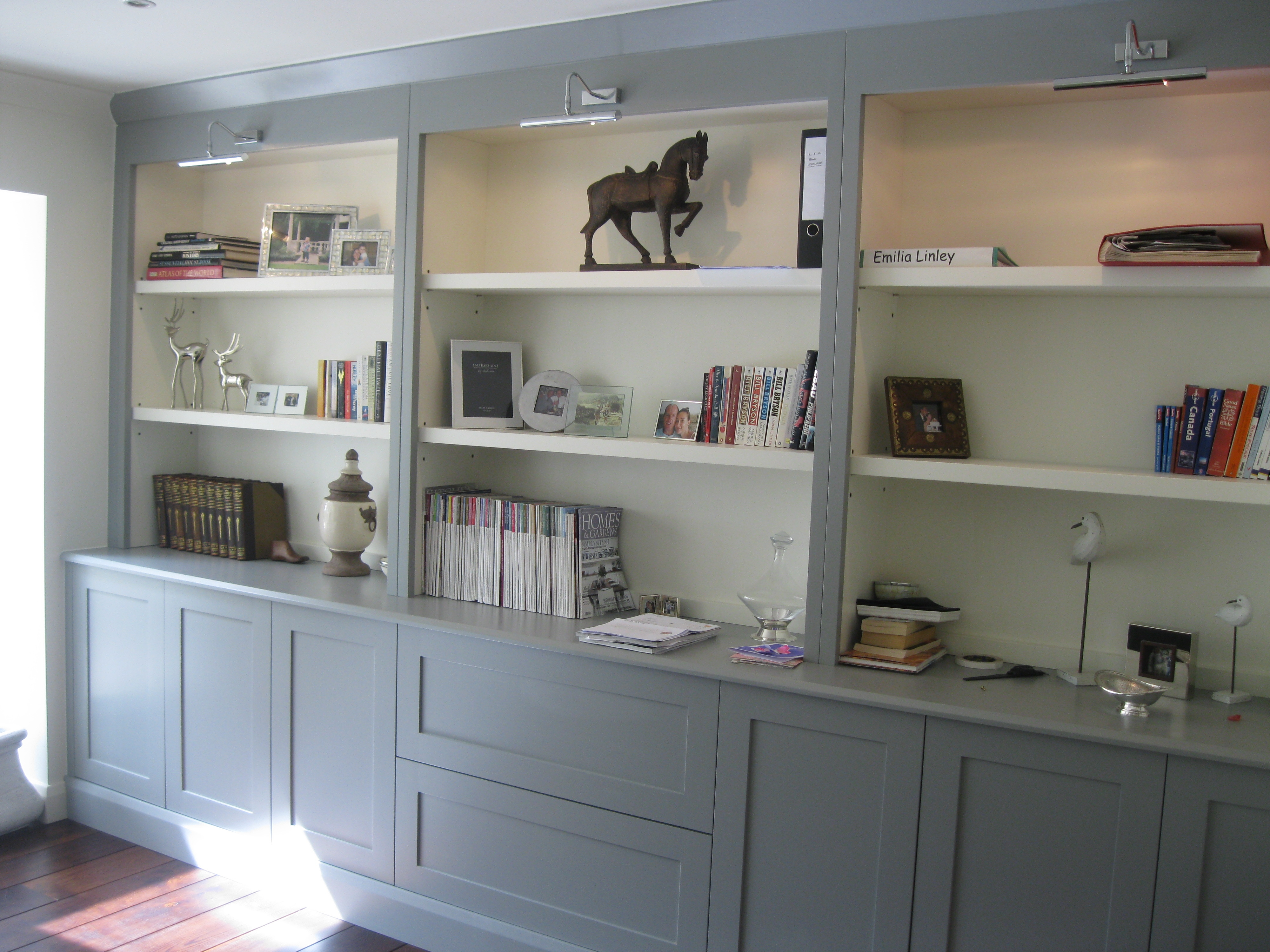 Fitted Bookcases Would Be Finished In White Sitting Room Oxted In Fitted Bookcases (#13 of 15)