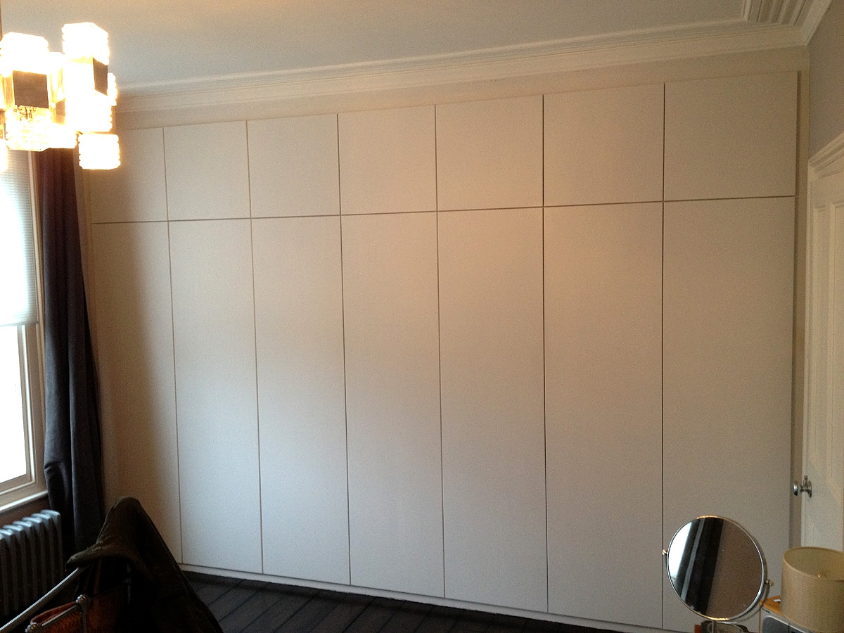 Fitted Wardrobes Bookcases Shelving Floating Shelves London In Bespoke Cupboards (#10 of 12)