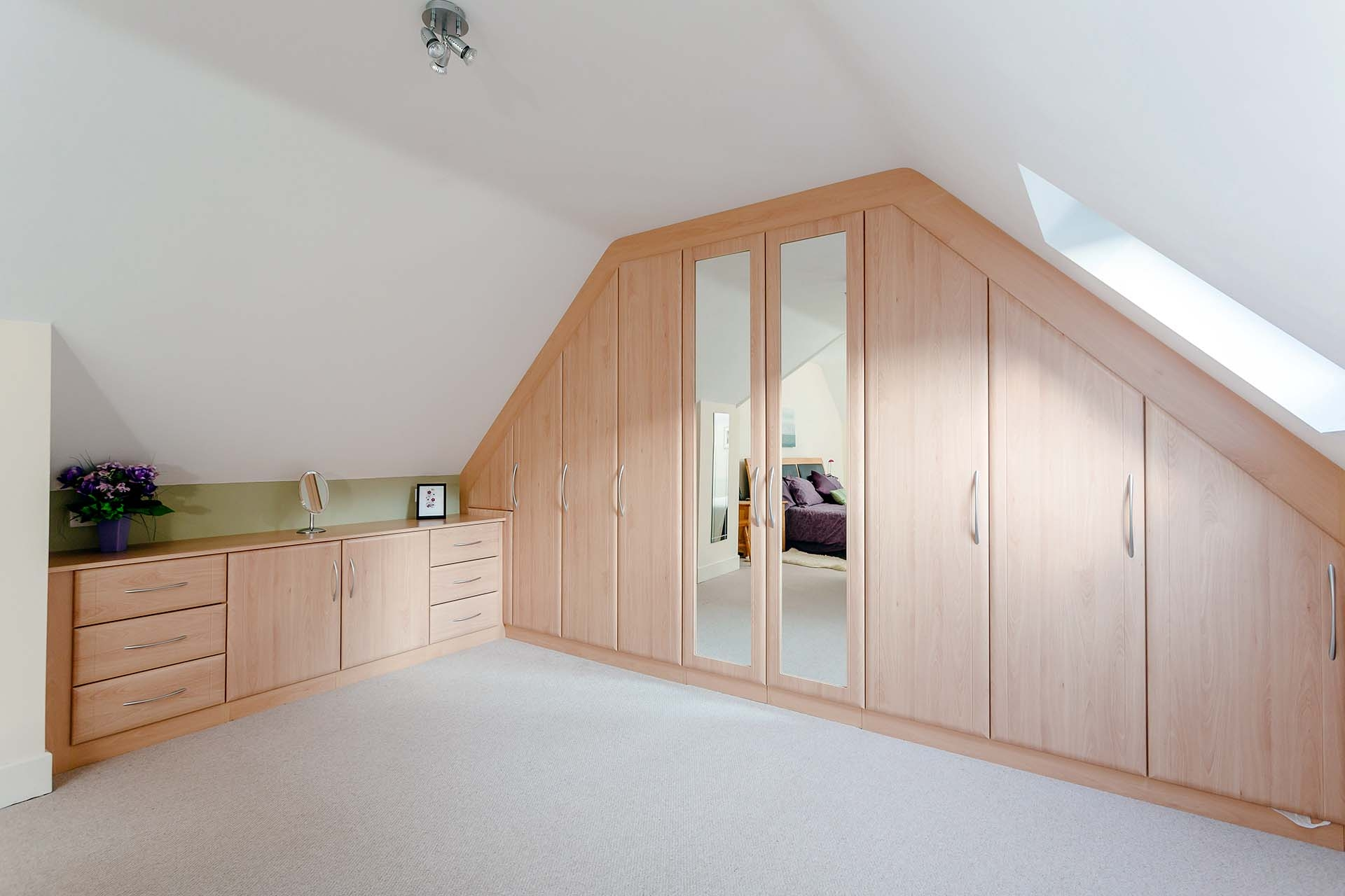 Fitted Wardrobes Custom World Bedrooms Within Wall Wardrobes (View 8 of 15)