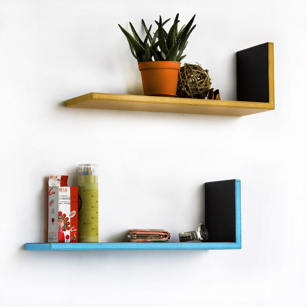Floating Wall Shelves Decorating Ideas Decorative Wall Shelves Inside Floating Wall Shelves (#7 of 12)
