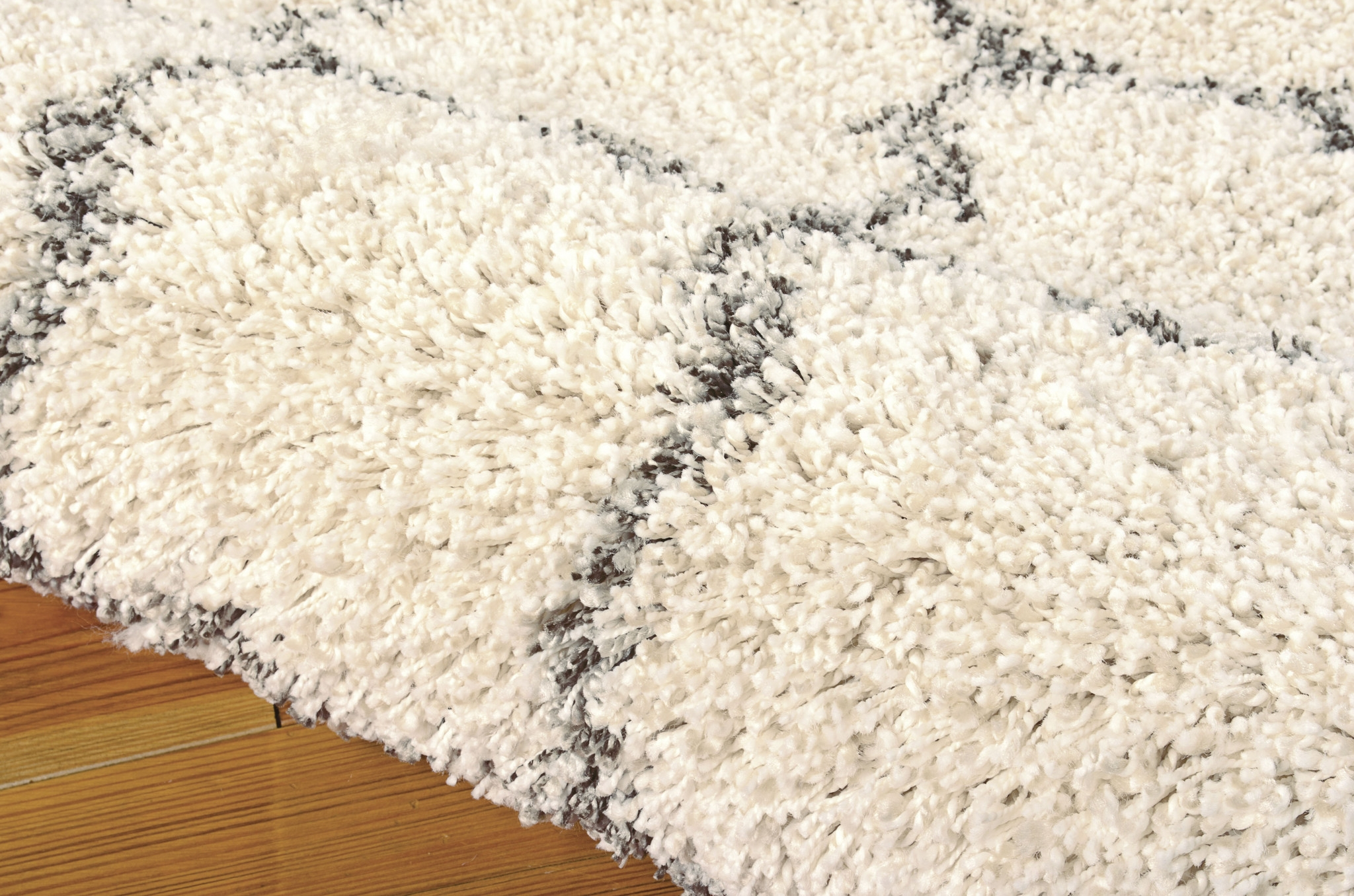 Flooring Enticing Cream Shag Rug For Decorating Your Floor Inside Wool Shag Area Rug (#5 of 15)