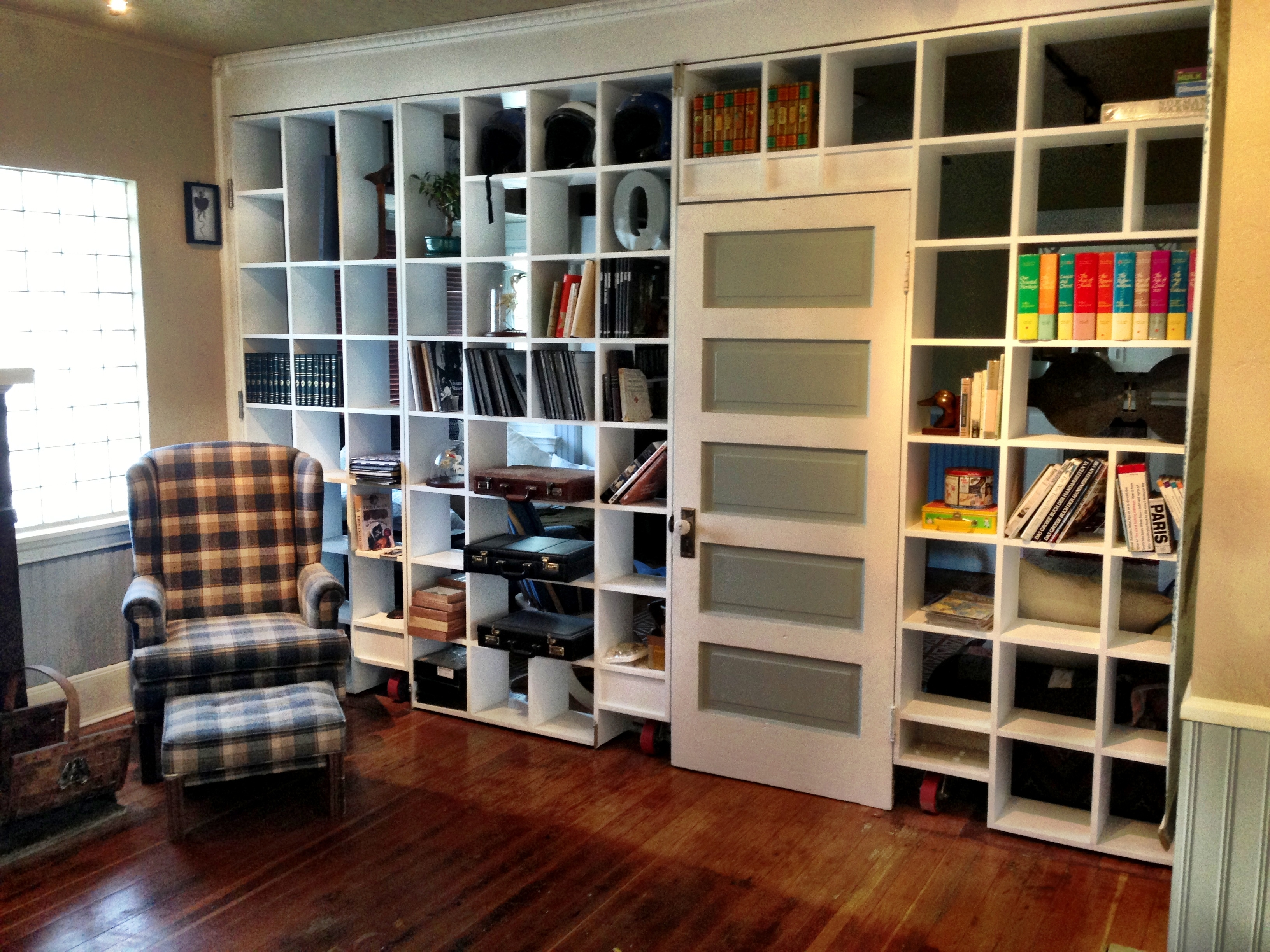 Friends Bookshelf Room Divider C R E A T E Pinterest More For Full Wall Bookshelf (View 5 of 11)