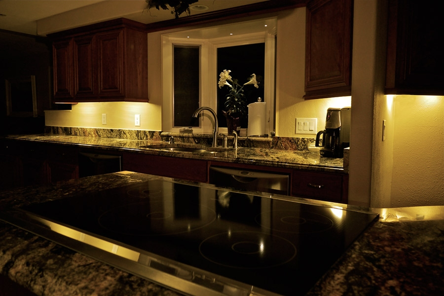 Kitchen Under Cabinet Led Lights Battery Monsterlune Winters Texas For Kitchen Under Cupboard Lights (#9 of 15)