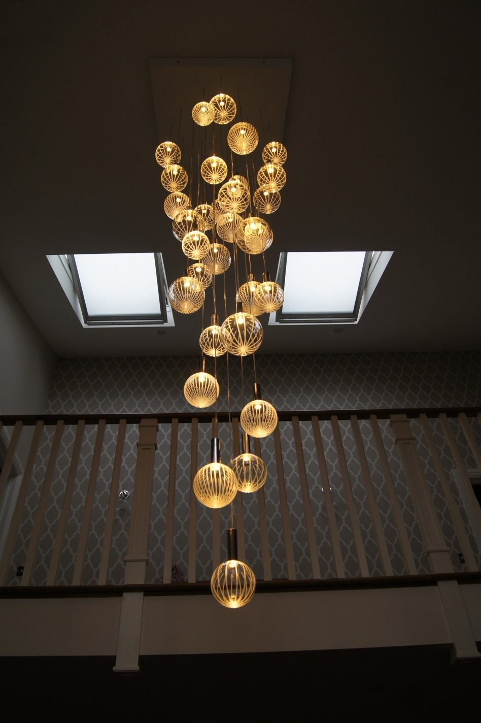 Large Contemporary Chandeliers Throughout Contemporary Large Chandeliers (#7 of 12)