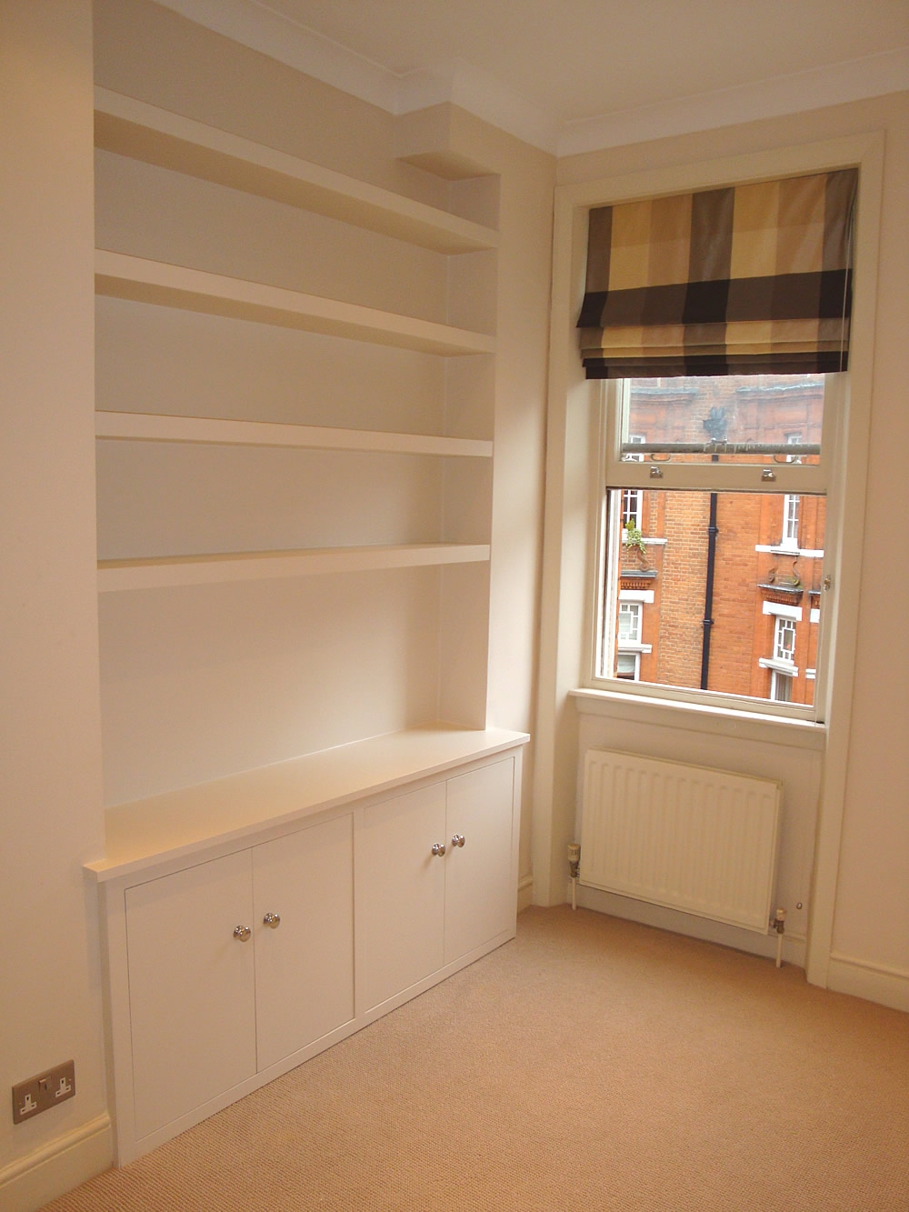 London Carpenter Skilled And Reliable Carpenters In London Uk For Bespoke Cupboard (#8 of 15)