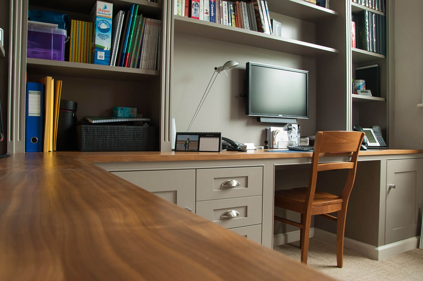 Made To Measure Home Offices Desks Drawers And Shelves Inside Bespoke Study Furniture (#12 of 15)