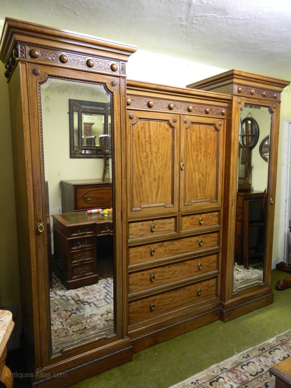 Mahogany Breakfront Wardrobe Antiques Atlas For Breakfront Wardrobe (View 5 of 15)