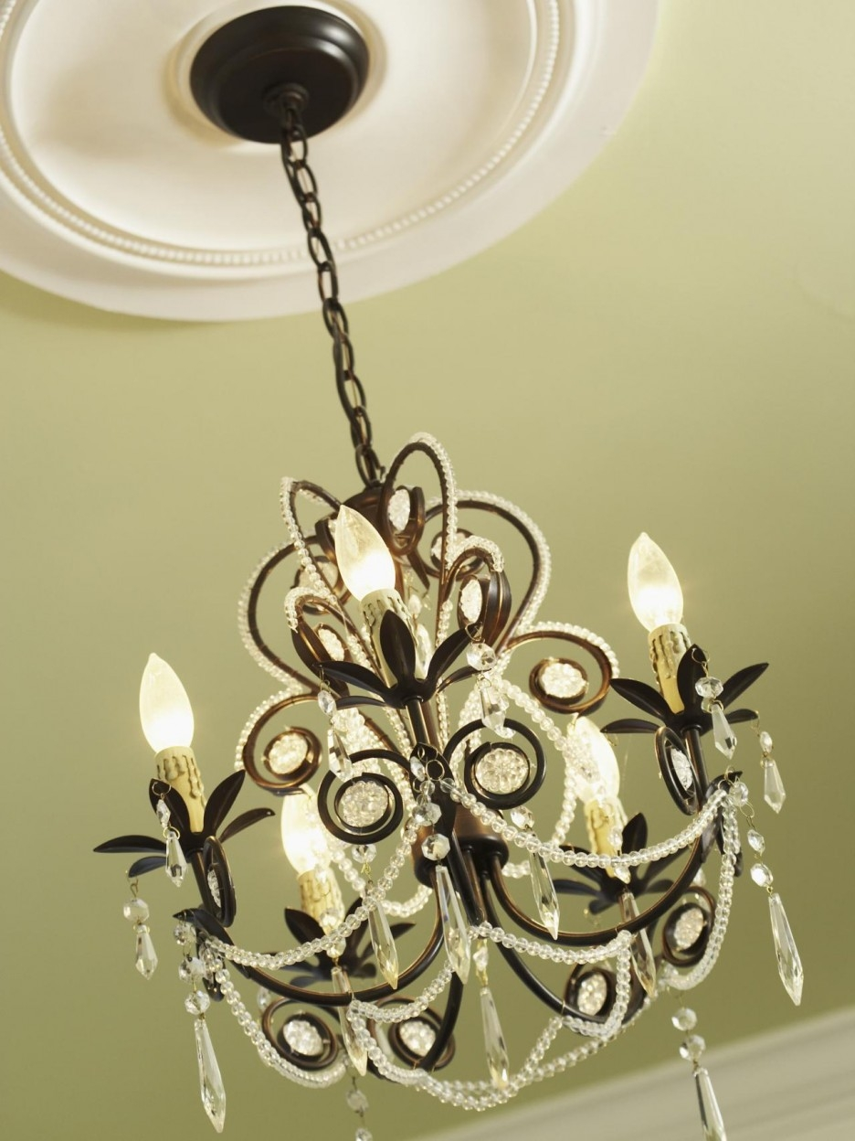 Mesmerizing Interior Dining Room Accessories Ideas Establish In Chandelier Accessories (#11 of 12)