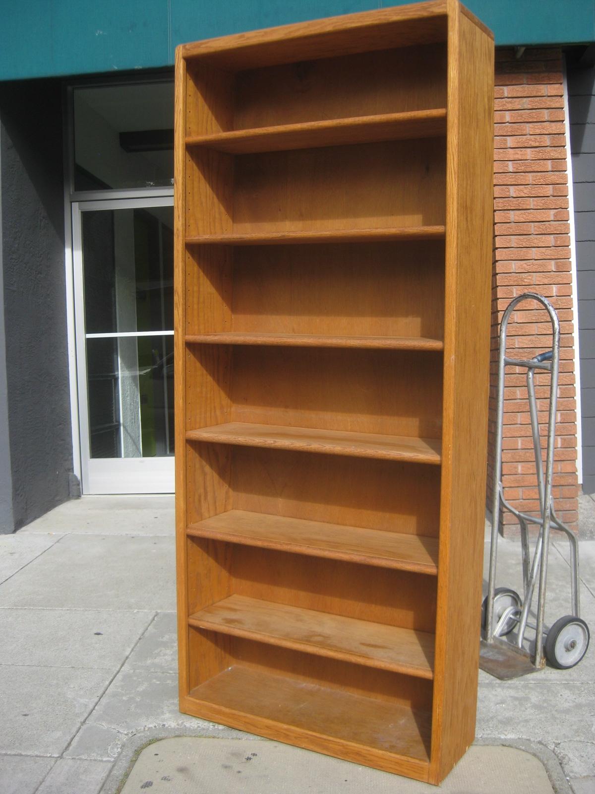 Oak Bookshelves Idi Design Intended For Oak Bookshelves (#12 of 15)