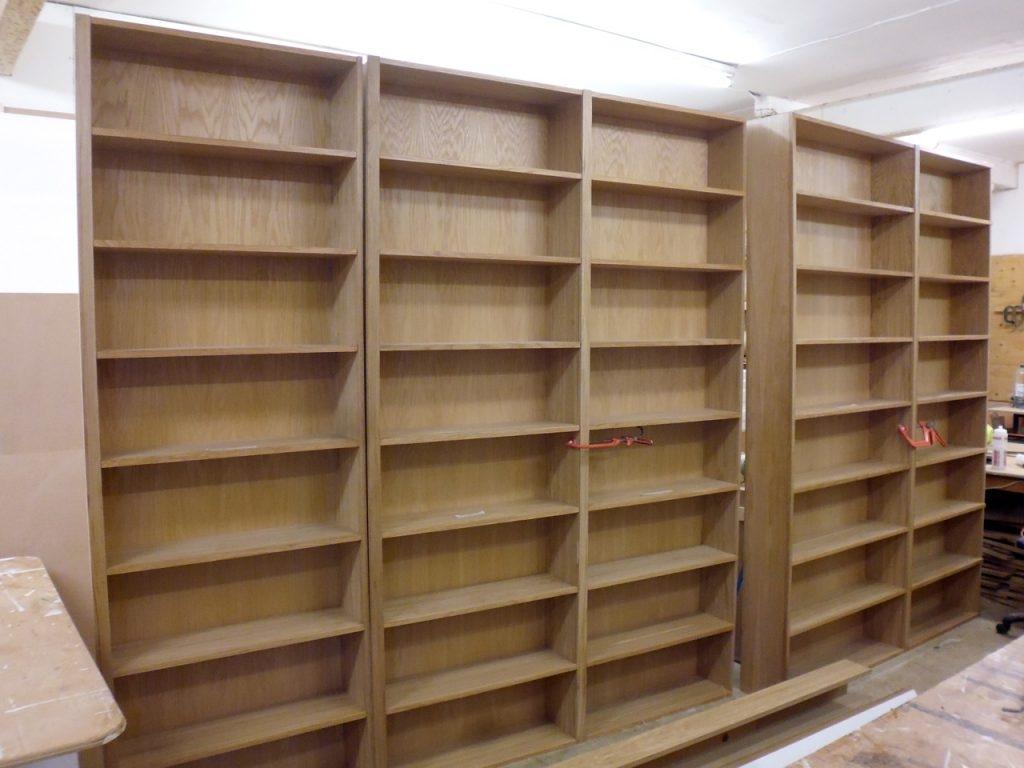 Oak Bookshelves Richard Sothcott Brighton Carpentry Regarding Oak Bookshelves (#13 of 15)