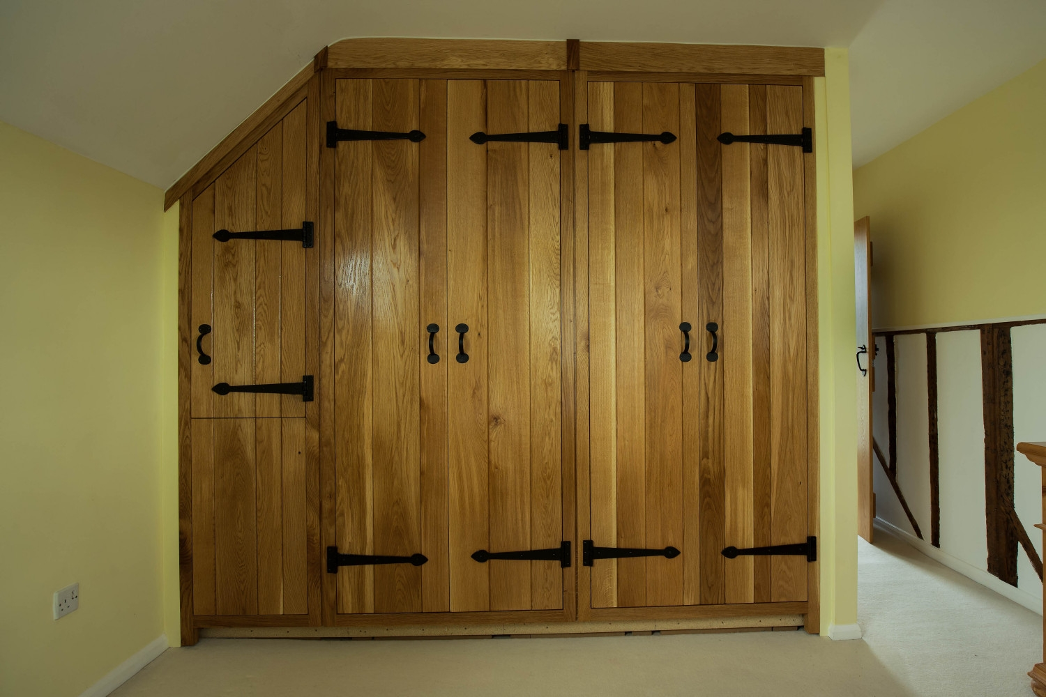 Oak Fitted Bedroom Furniture Raya Furniture Pertaining To Fitted Wooden Wardrobes (#14 of 15)