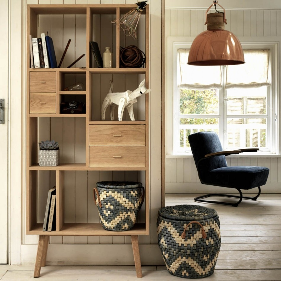 Oak Wall Shelf Unit - Home Safe