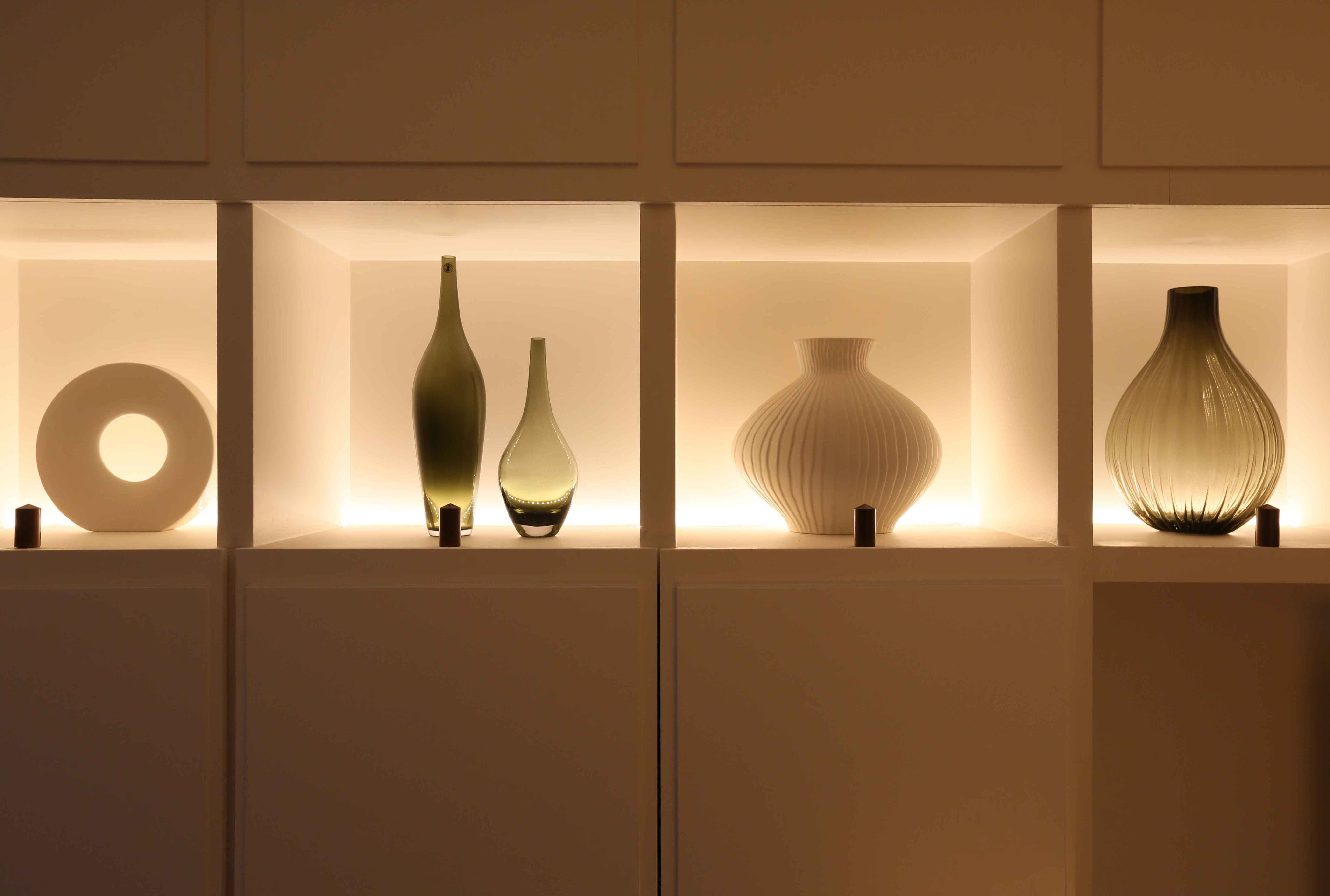 Our Top Shelf Lighting Tips Ideas And Products John Cullen Lighting Inside Glass Shelves With Lights (#7 of 12)