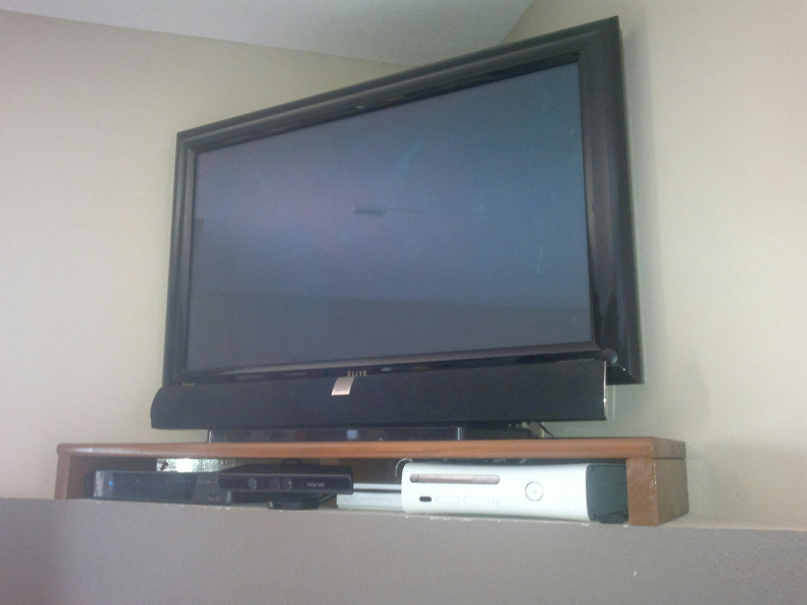 Recommendations For Recess Tv Stands Corner Tv Shelves And With Tv Corner Shelf Unit (#10 of 15)