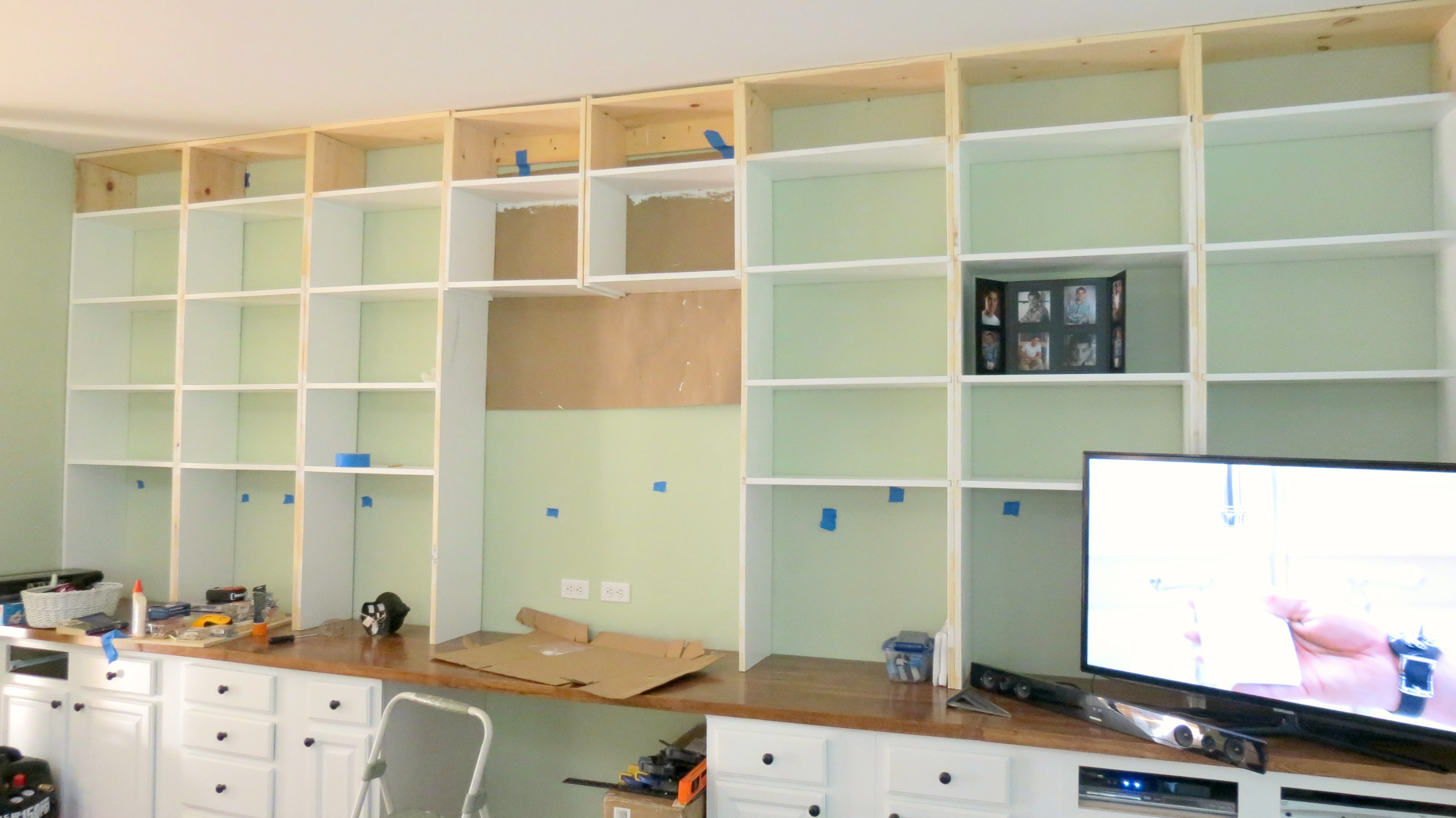 Remodelaholic Build A Wall To Wall Built In Desk And Bookcase Regarding Whole Wall Bookshelves (#10 of 15)