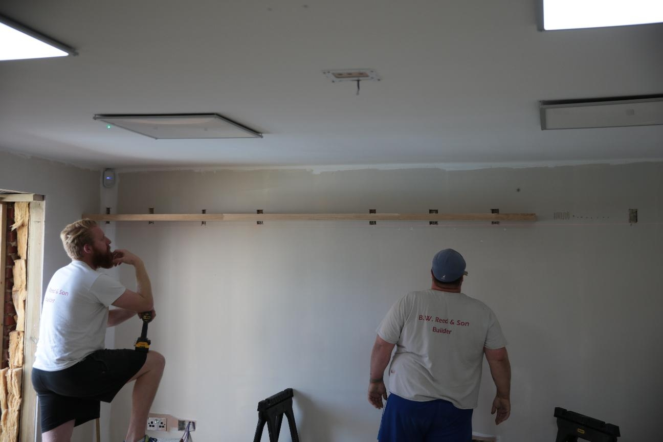 Revks Rants Floating Shelves With Shelves On Plasterboard (#9 of 12)