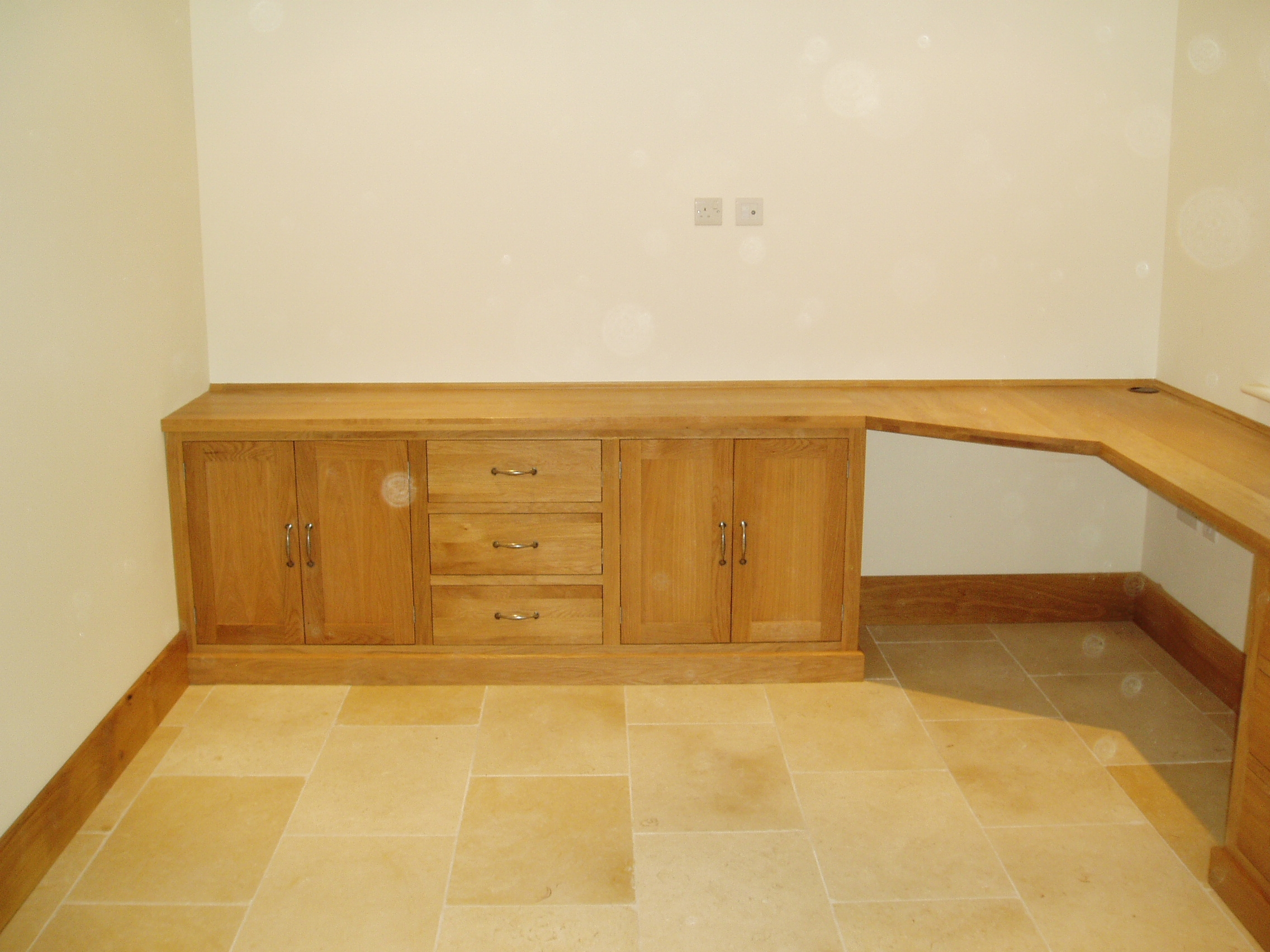 Rokos Bespoke Fitted Furniture Pertaining To Fitted Office Furniture (#13 of 15)
