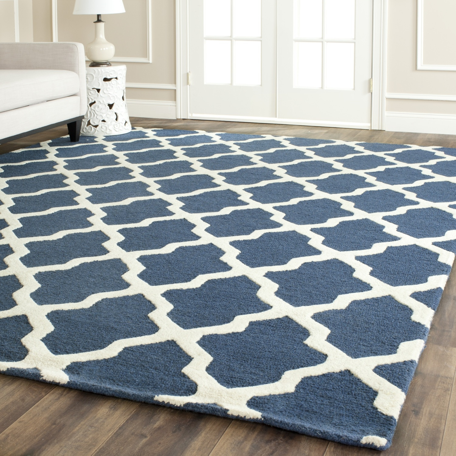 Safavieh Cambridge Navy Blue Ivory Wool Area Rug Cam121g For Blue Wool Area Rugs (#13 of 15)